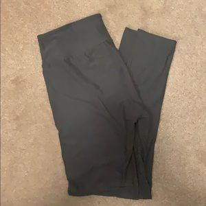 NWOT Lularoe grey OS leggings